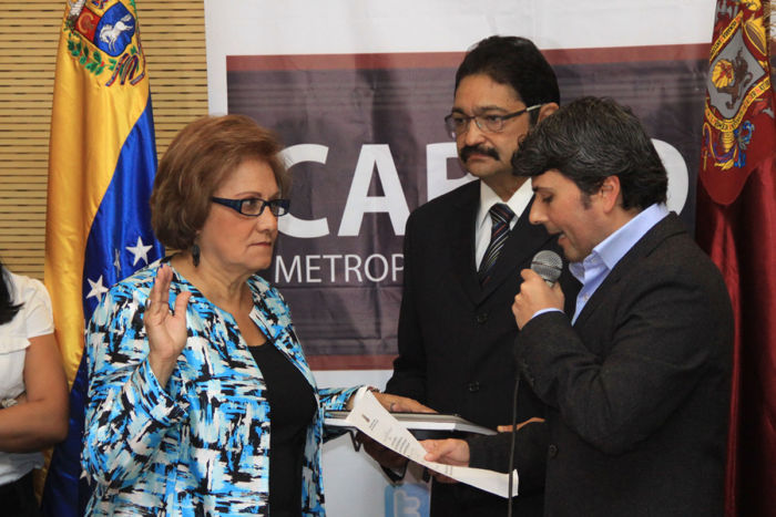 Juramentacion Helen Fernandez (1)