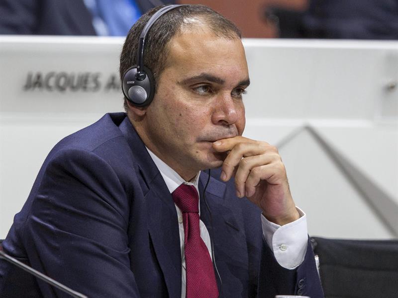 Príncipe jordano es el único rival de Blatter