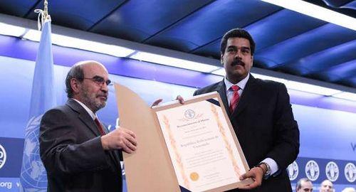 Maduro recibe premio de la FAO
