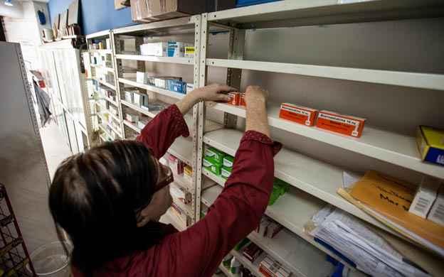 Resultado de imagen para Venezuela denuncian escasez de tratamiento