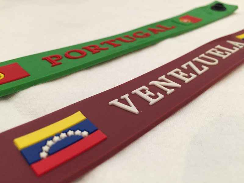 pulseras-de-silicon-de-venezuela-y-portugal-855601-MLV20352369963_072015-F