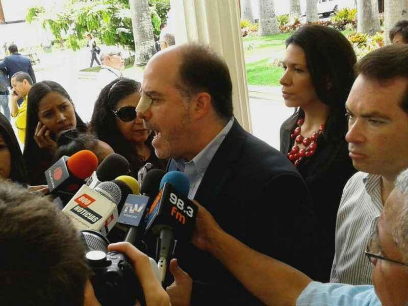 Julio Borges denuncia que el TSJ impide ingreso de medicinas