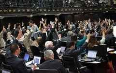 Asamblea-Nacional-aprueba-ley-de-propiedad-para-viviendas-de-la-GMVV
