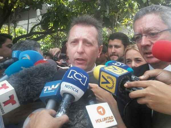 abogados españoles Leopoldo Lopez VCML