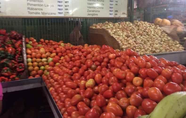tomate mercado guaicaipuro