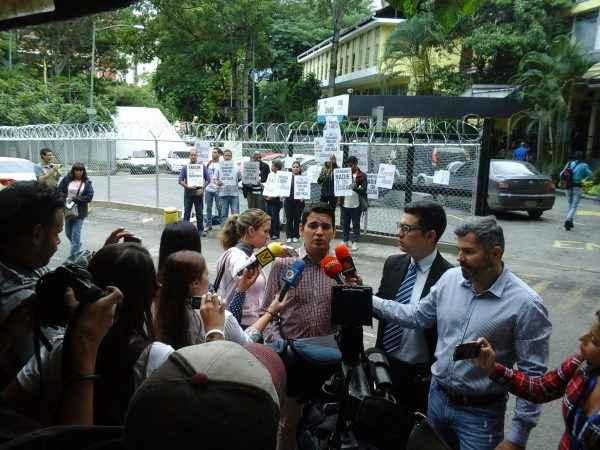 protesta morgue de bello monte periodistas