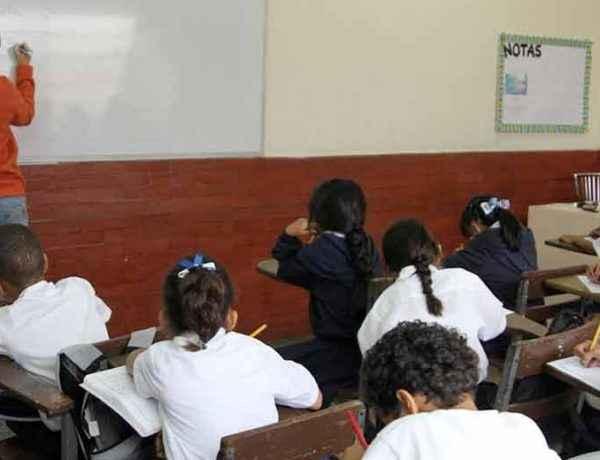 escuelas. foto canaldenoticia