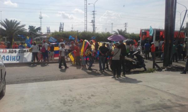 En el Big Low de Valencia la gente empezó a concentrarse cerca de las 9:00 am