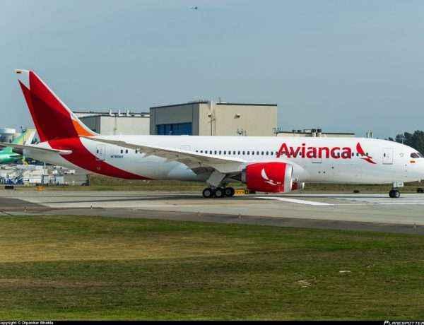avianca-boeing-787-8