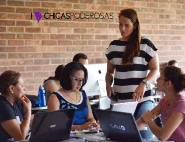 chicas poderosas hackathon 2016