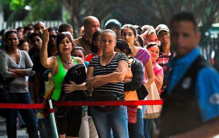 colas-en-venezuela