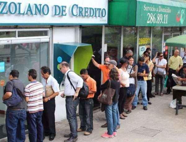 colas-canje-de-billetes-venezuela