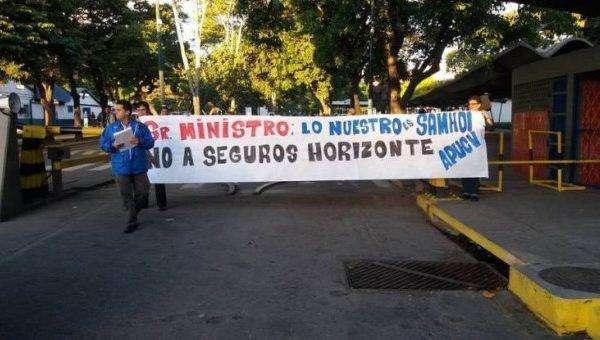 protesta-apucv-por-hcm-615x340