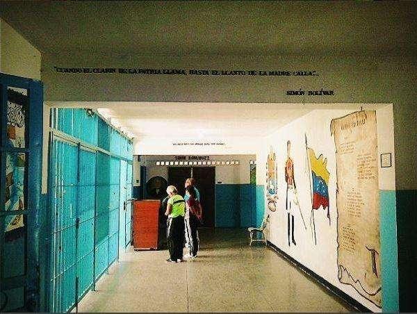 escuela-guarenas IG @carlosdhoy