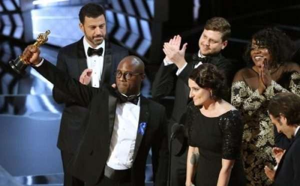 Barry Jenkins agradece el Óscar a Mejor película en la ceremonia de este domingo 26 de febrero