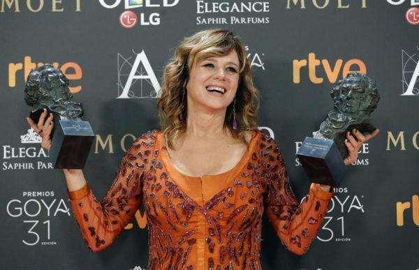 Emma Suárez ganó dos premios. Como mejor actriz principal y como mejor actriz de reparto