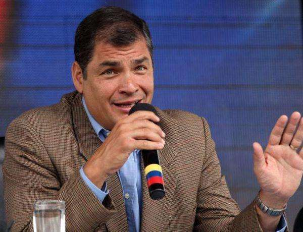 "In this photo released by Ecuador's Presidential Press Office, Ecuador's President Rafael Correa talks during his weekly broadcast ""Enlace Ciudadano,"" or ""Citizen Link"" in Loja, Ecuador, Saturday, Aug. 18, 2012. (AP Photo/Ecuador's Presidential Press Office)"