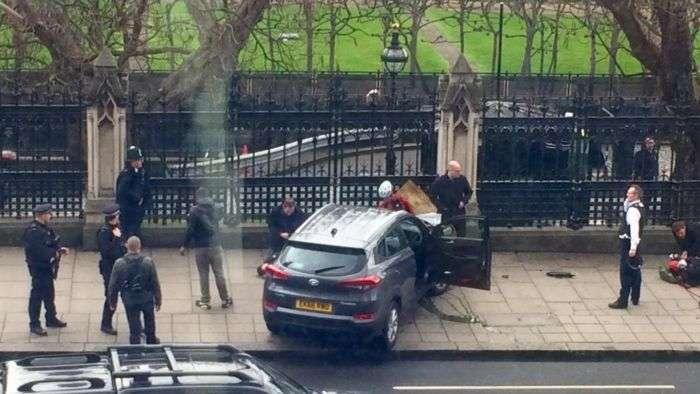 Reportan varios disparos cerca del Parlamento británico en Londres
