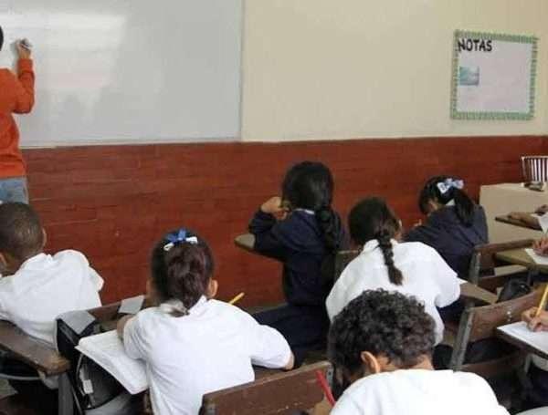 escuelas-foto-canaldenoticia-800x520