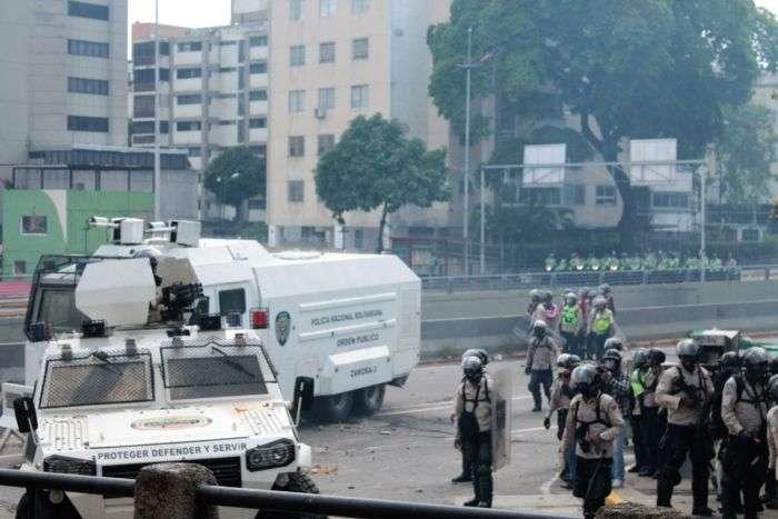 Aprobación de recursos para la milicia es ilegal — Armando Armas
