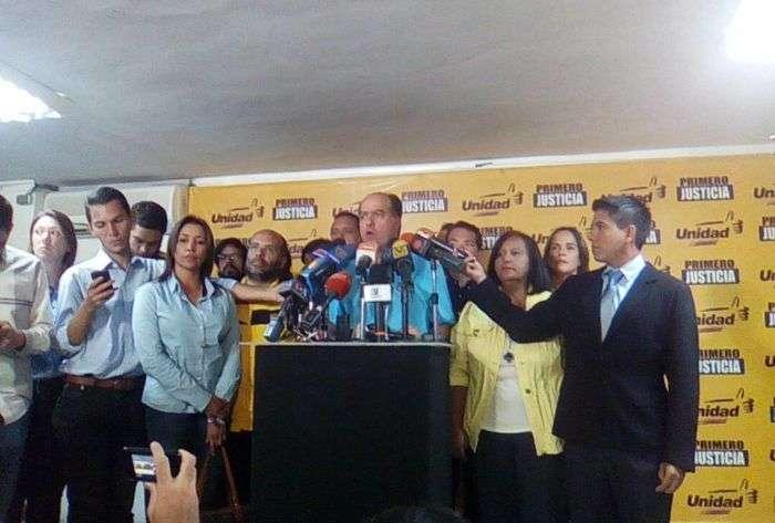 Suman 21 muertos en Caracas por violencia : Ministerio Público venezolano