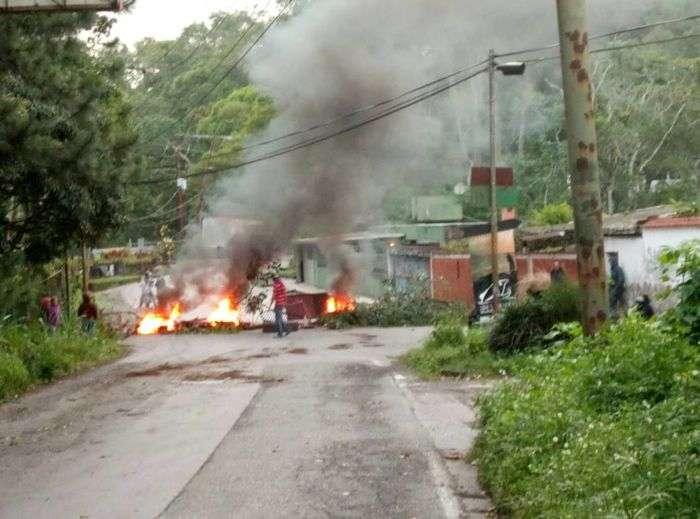 Alcaldes opositores niegan convocatoria a trancazo este 22-M