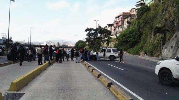 Abatidos cuatro delincuentes tras enfrentamiento con la policía en Roca Tarpeya