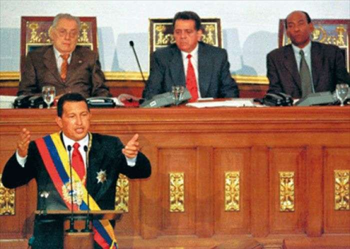 Venezuela: Fiscal pide a presidente Maduro