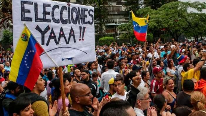 Venezuela: Nicolás Maduro acusó a fiscal de liderar a la oposición