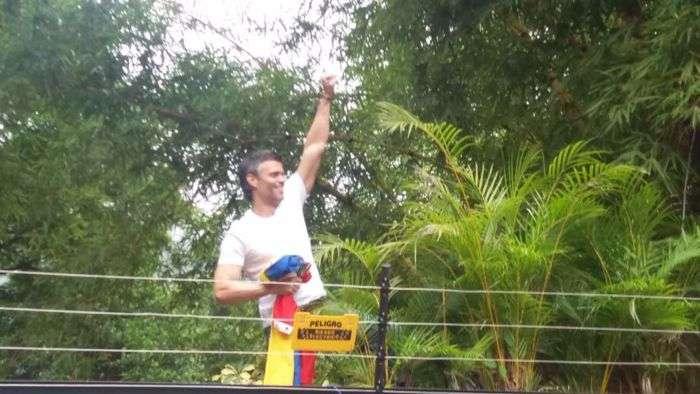 Leopoldo López salió de prisión y está bajo arresto domiciliario — Venezuela