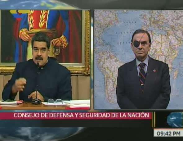 Maduro declara al Consejo de Defensa en sesión permanente