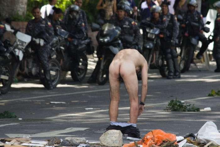 Hieren a una periodista en Altamira durante represión