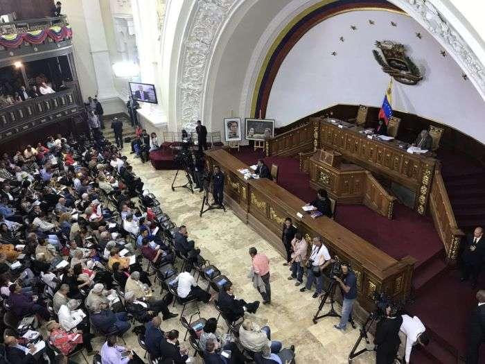 Asamblea Constituyente busca regular el uso de las redes sociales en Venezuela