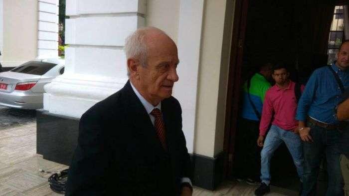 'Usurpación del Parlamento en Venezuela no contribuye al futuro democrático': España