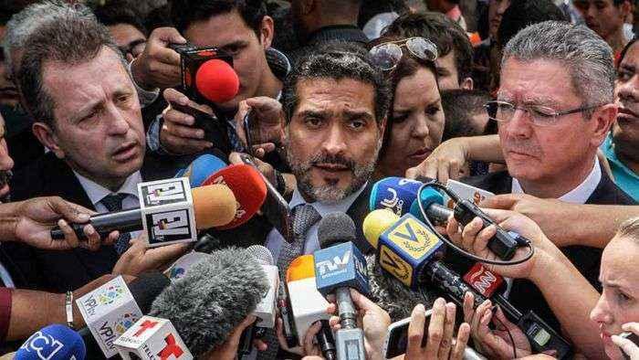 PPK rechaza que prohíban a Lilian Tintori salir de Venezuela