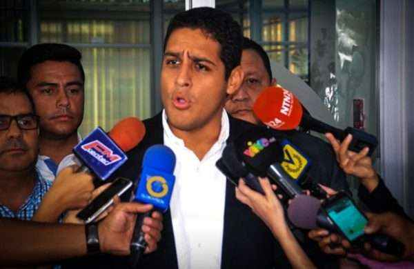 Sebin detiene a hermano de Olivares, candidato a la gobernación de Vargas