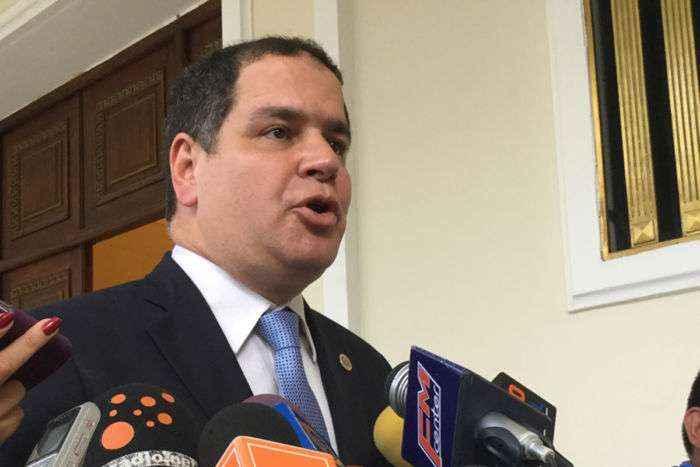 El clima del diálogo ha sido positivo y constructivo — Luis Florido