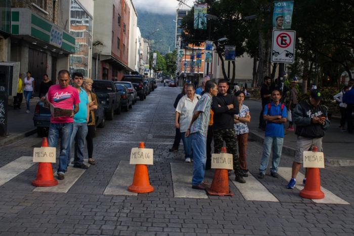 Venezuela: hoy eligen a nuevos alcaldes, aunque sin candidatos de la oposición