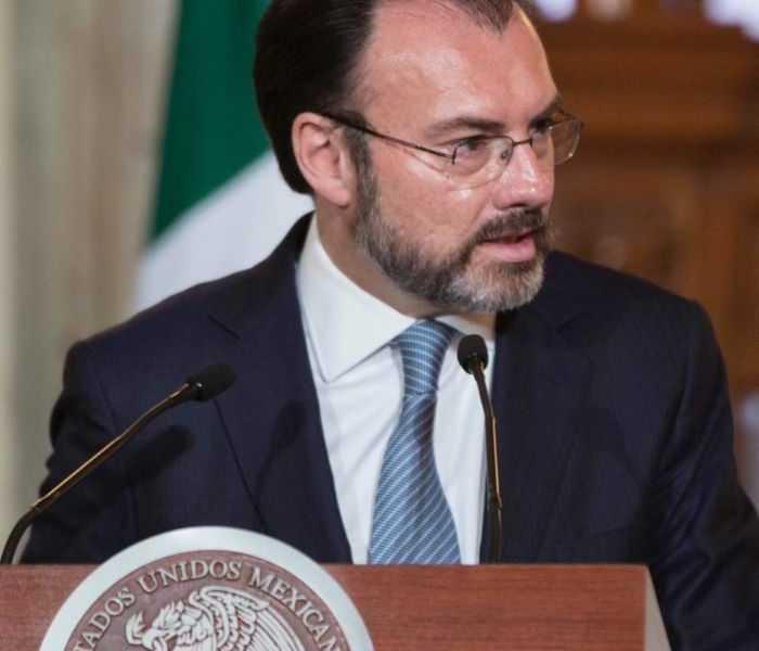 México permanecerá en el diálogo venezolano si las condiciones son