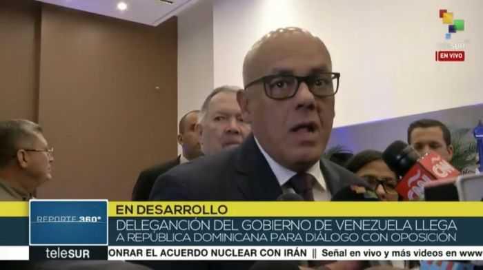 Rodríguez: Jugada en varios tableros de la oposición ha obstaculizado el diálogo