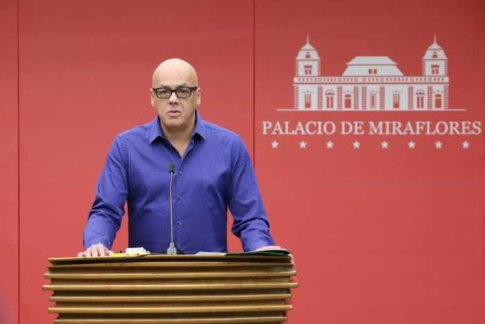 Petro acabará con el dólar paralelo — Jorge Rodríguez