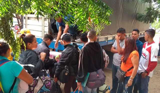 Autoridades de Colombia adelantan deportación de 130 venezolanos
