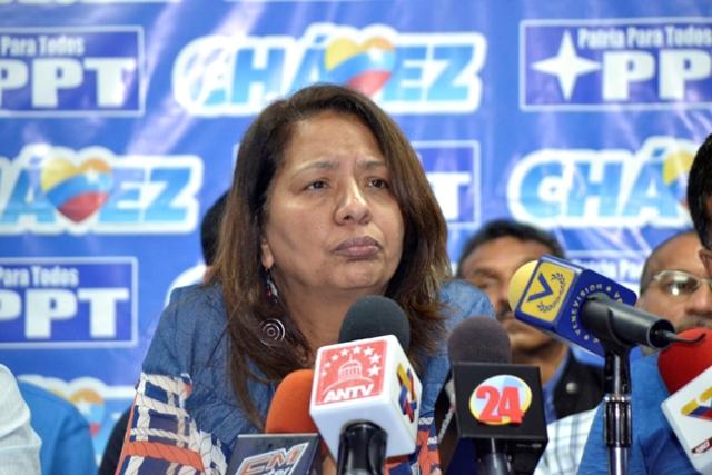 Partido venezolano exige enjuiciar a opositores por traición