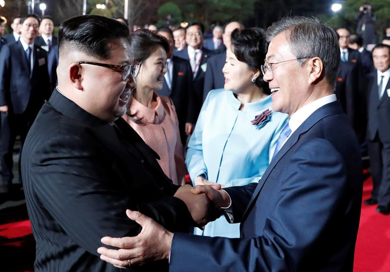 Corea del Norte se compromete a clausurar sus bases nucleares