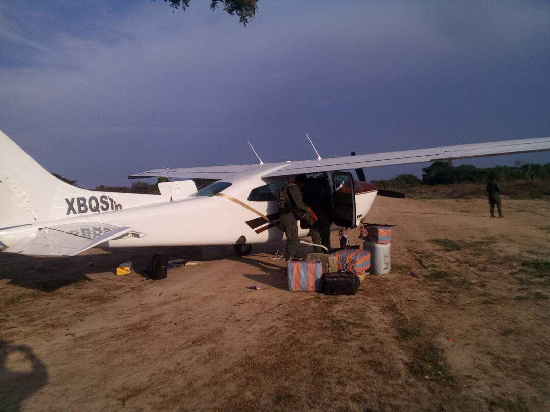 FANB incauta 450 panelas de cocaína en pista clandestina de Amazonas