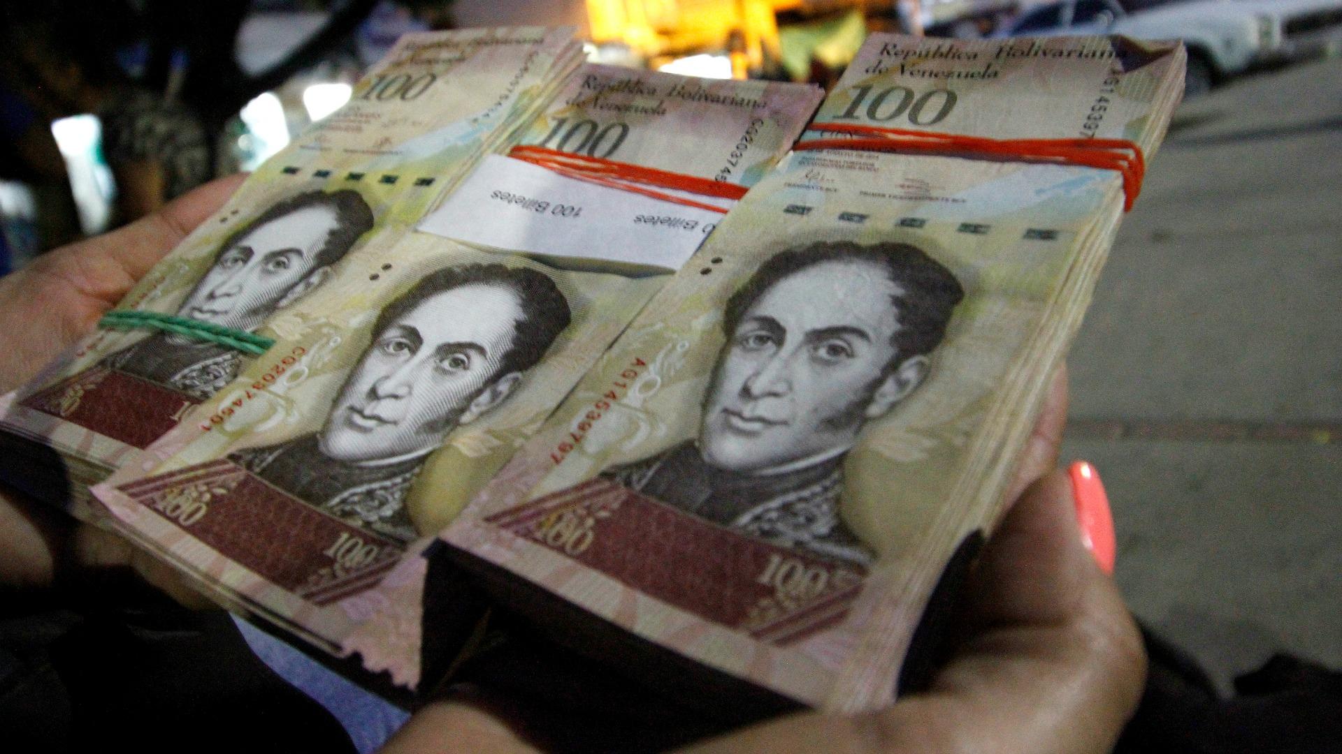 Cheques emitidos a partir del 4J se entenderán a nuevo cono monetario