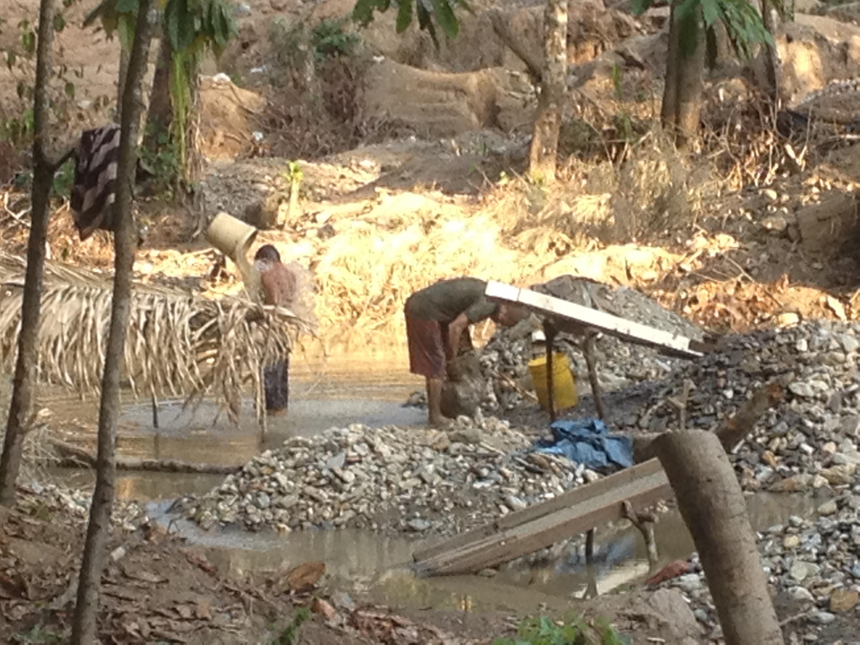 Minería de oro en Palmarote