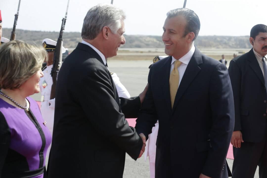 Presidente Díaz-Canel expresa apoyo a Venezuela durante visita oficial