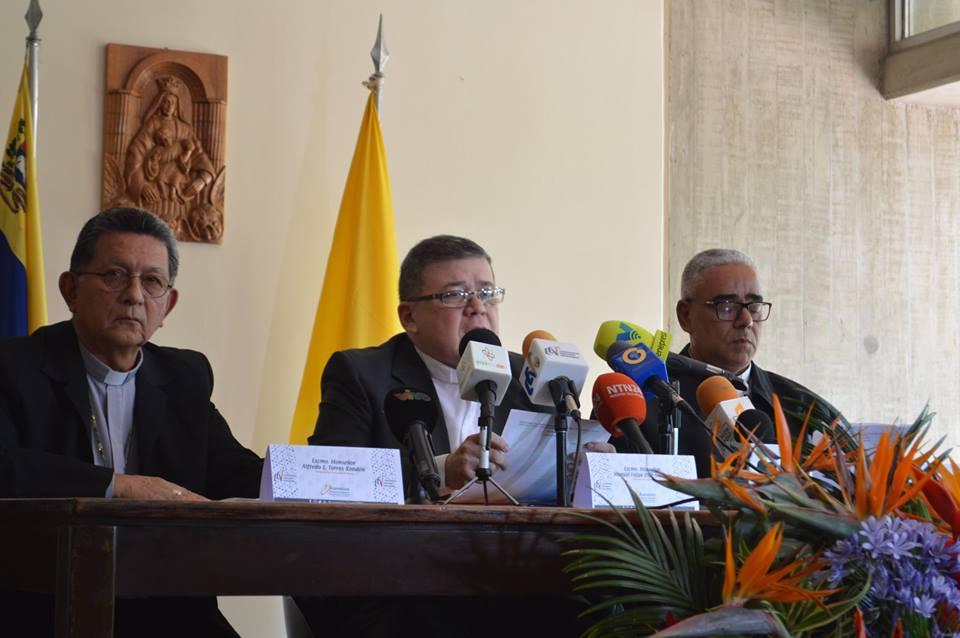 """CEV exige elecciones auténticas y rechaza """"lineamientos dictatoriales"""""""