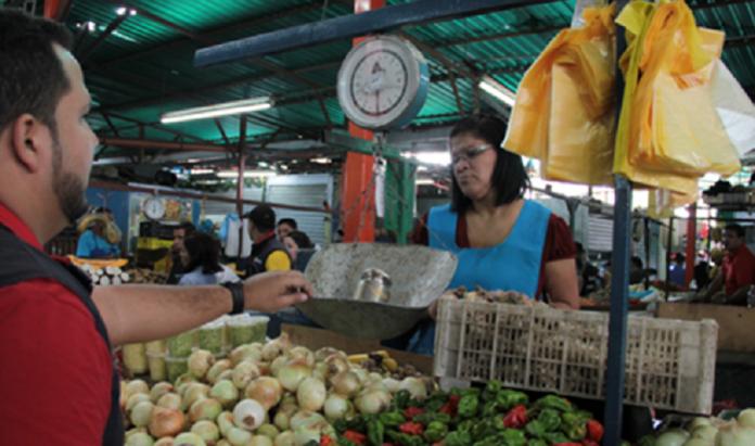 Más de 563 mil % ha aumentado lista de compras de Efecto Cocuyo en tres años #MercadoGuaicaipuro